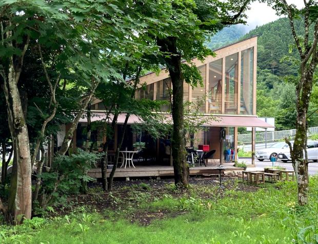 シマブルーカフェ